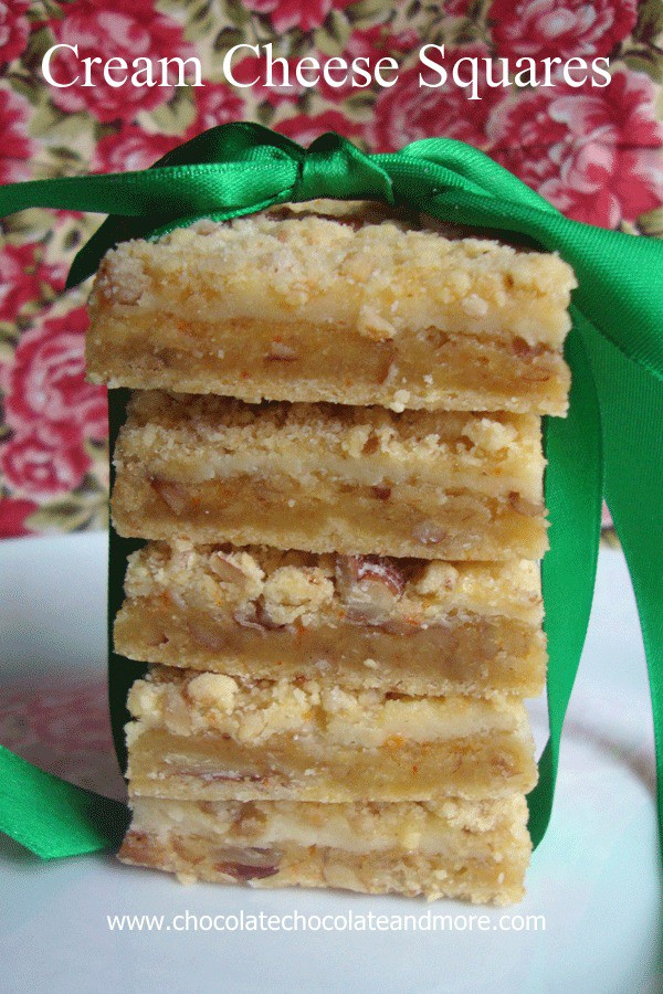 Cream Cheese Squares-The flavor of a cheesecake, but in a bar and with a yummy crumb topping!