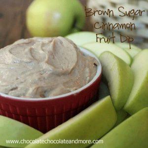Brown Sugar Cinnamon Fruit Dip-makes eating fruit fun!