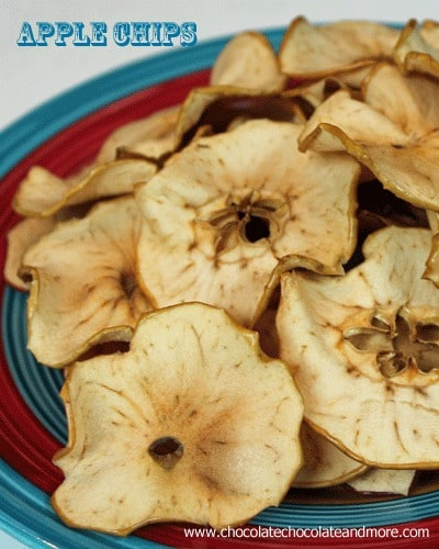 Spiced Apple Chips-the perfect snack for any time of day!