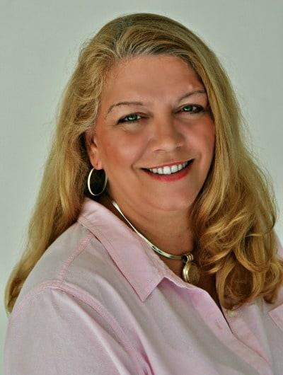 Joan Hayes profile med 2013 resized