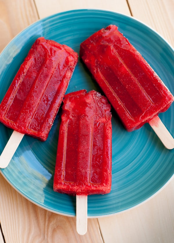Mexican-Paletas-For-Cinco-De-Mayo-Pineappleandcoconut.com-CincoDeMayo-3