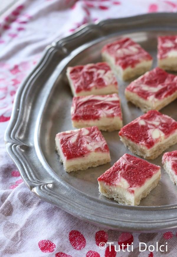 Strawberry-Cheesecake-Bars-1-copy
