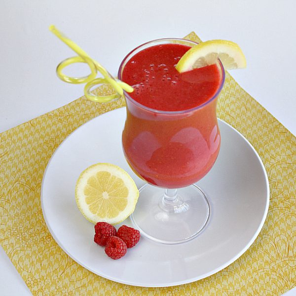 Lemon Raspberry Smoothie from Butter with a Side of Bread featured at Thursday's Treasures