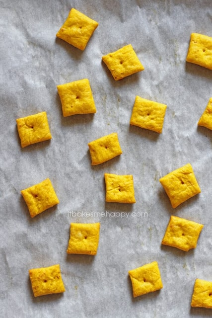 Pumkin Cheddar Crackers