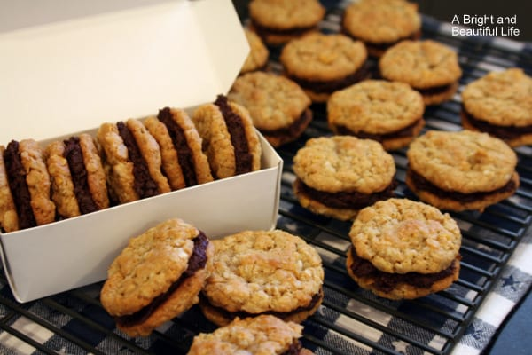 Double Cruncher Cookies with Fudge Filling