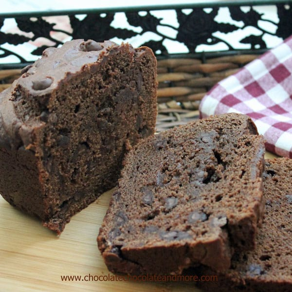 Sour-Cream-Chocolate-Bread-from-ChocolateChocolateandmore-33a