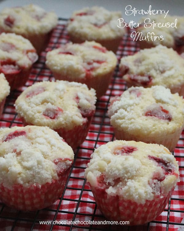 Strawberry-Butter-Streusel-Muffins-from-ChocolateChocolateandmore-98a