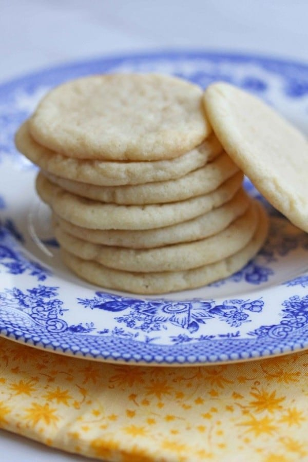 Southern Tea Cakes-50 Cookie Recipes to Fill Your Cookie Jar | www.chocolatechocolateandmore.com