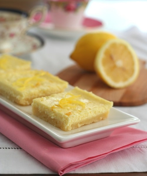 50 Pastel Desserts for Spring: Lemon Cheesecake Bars