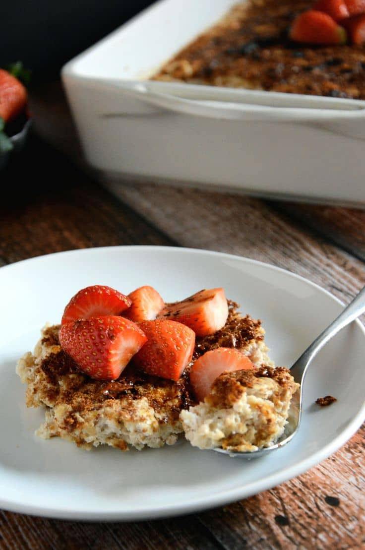 50 Easy to Make Breakfast Recipes: Creme Brulee Baked Oatmeal