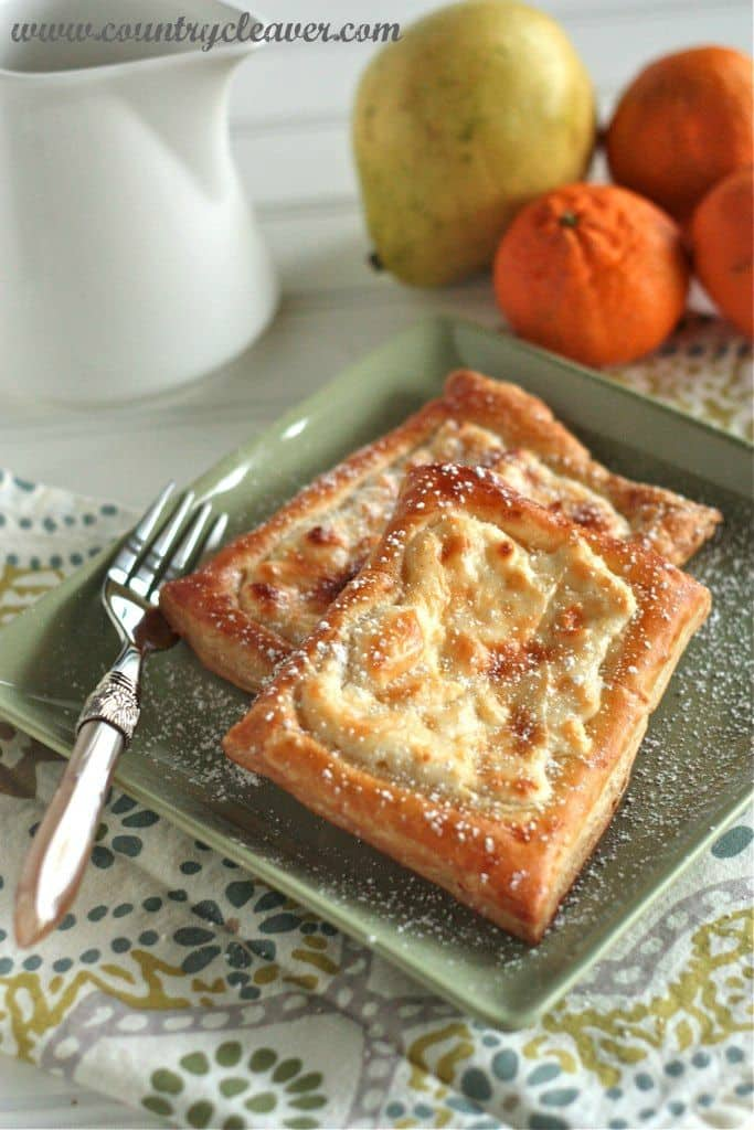 50 Easy to Make Breakfast Recipes: Quick and Simple Cheese Danish