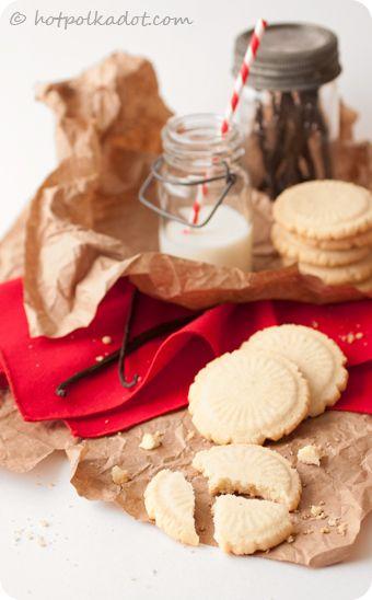 50 Very Vanilla Recipes: Heirloom Vanilla Sugar Cookies
