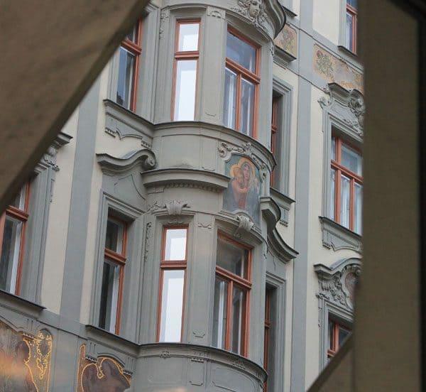 Prague-mural-architecture-34a