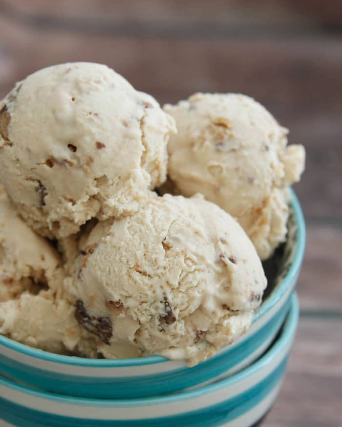 Peanut Butter Cup Ice Cream-creamy peanut butter ice cream with ...
