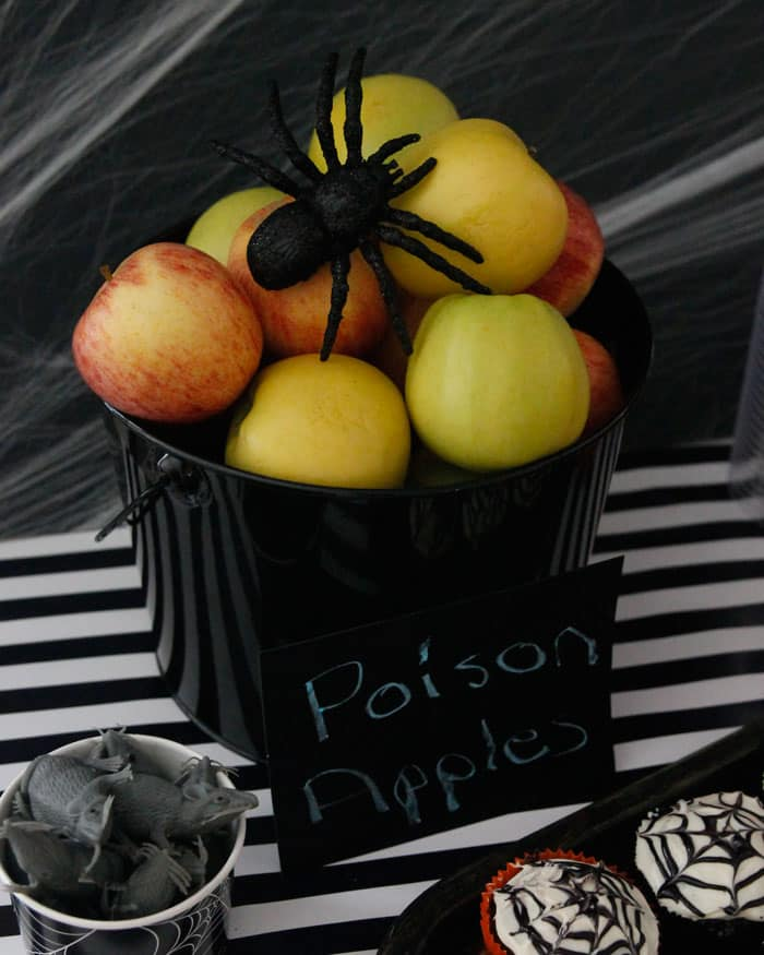"Turn apples into ""poison applse"" with a cute sign"