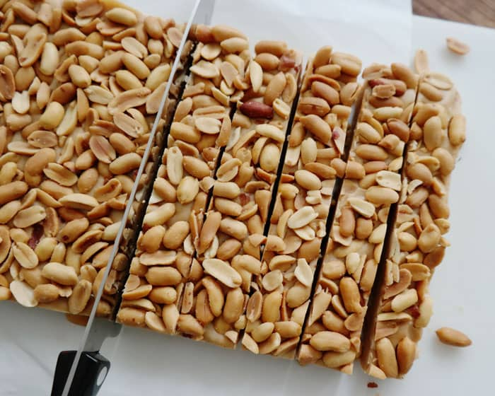 Salted Nut Candy Bars-you'll love the sweet, salty combination of these bars, just a few ingredients, no-bake and they make a great gift for the holidays!