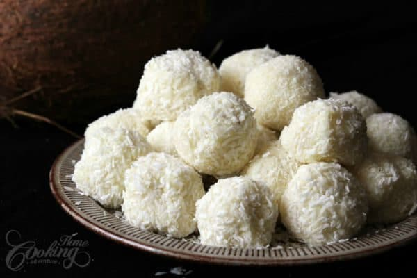 White Chocolate and Coconut Truffles by homecookingadventure.com