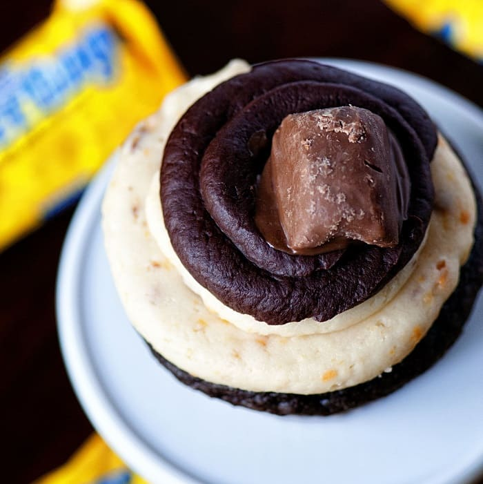 Dark Chocolate Butterfinger Cupcakes 001