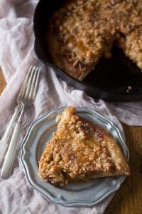 caramel-apple-crisp-pizza-4