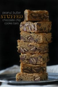 peanut-butter-stuffed-chocolate-chip-cookie-bars-400