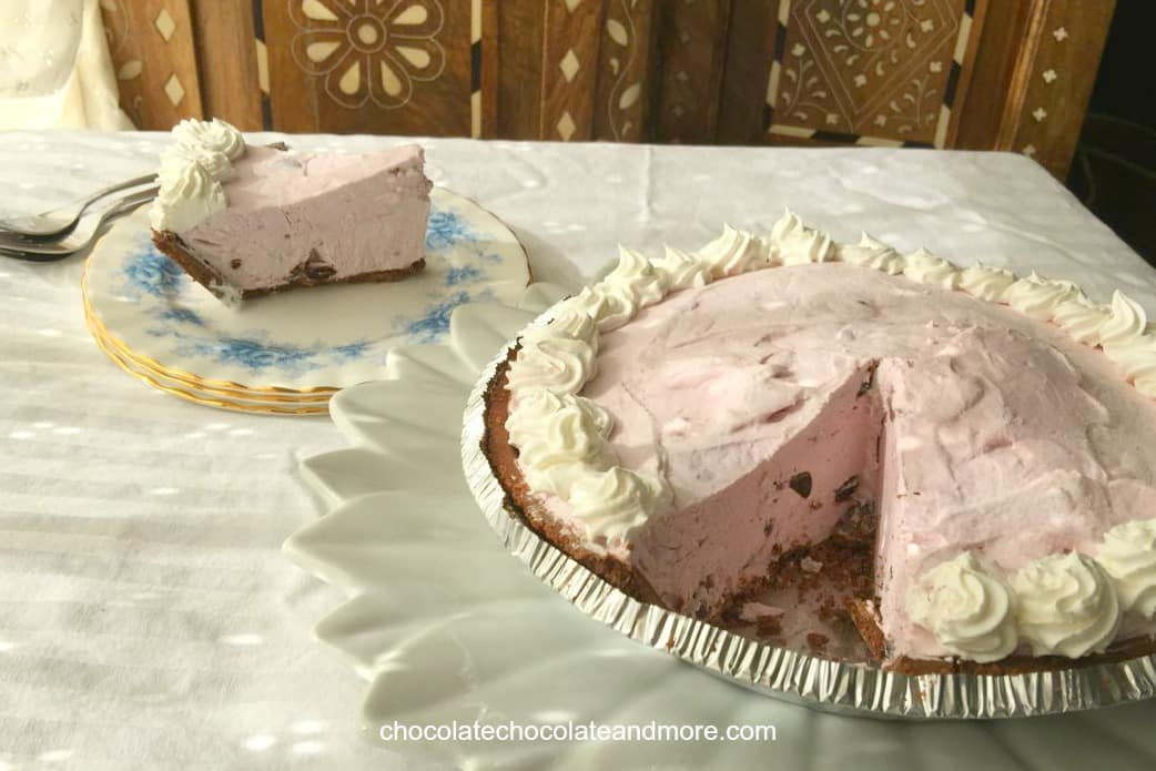 Black Forrest Yogurt Pie