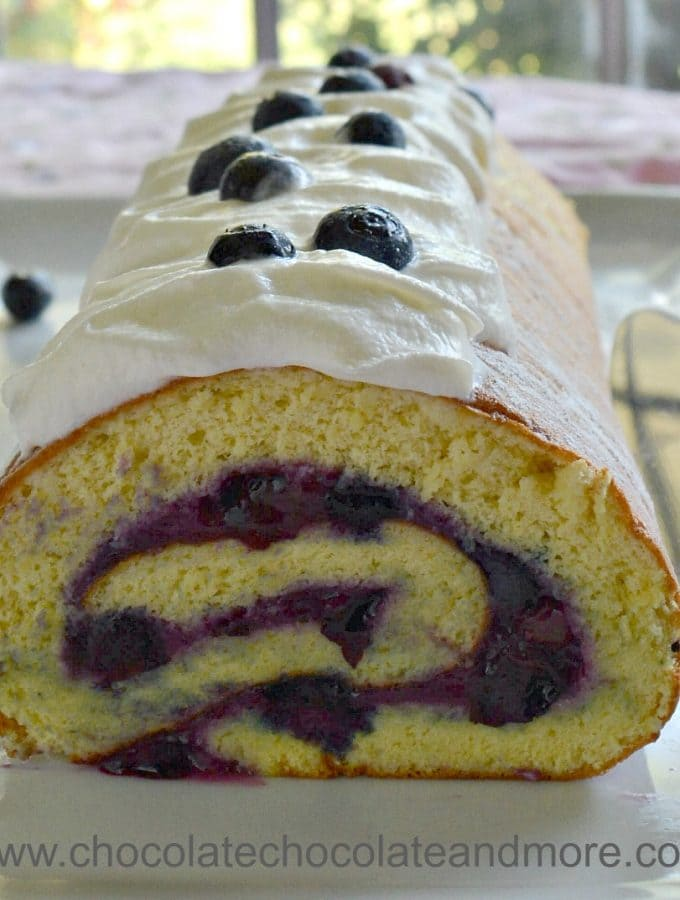 Vanilla Blueberry Cake Roll