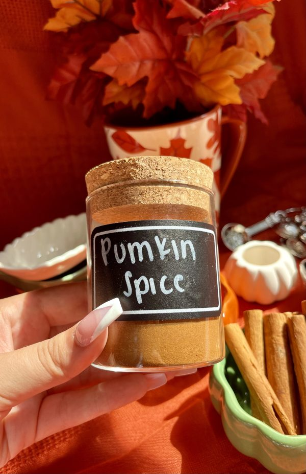 Finished jar of pumpkin spice with a pretty label on it.